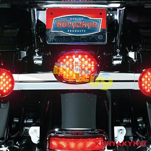 쿠리야킨 할리 튜닝 부품 소프테일 (94-10) Deluxe Panacea Taillight, Red with License Plate Illumination 테일라이트 5420